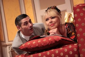Boldog születésnapot! avagy Hatan pizsamában - Színház Kisbéren